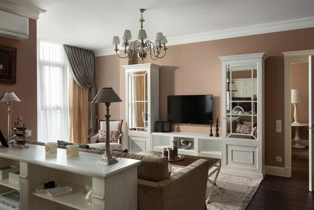 living room decorations with brown furniture decorating ideas for white leather classic style adding chic look to cozy apartment, interior ...