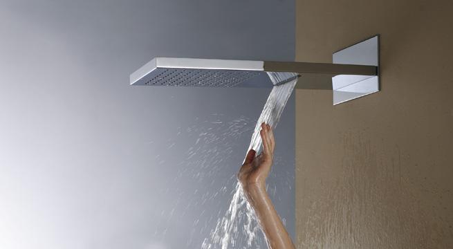 Duchas con efecto cascada y lluvia