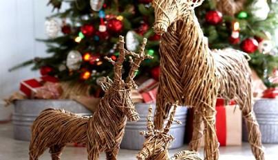 C mo decorar la terraza en navidad - Arbol navidad ratan ...