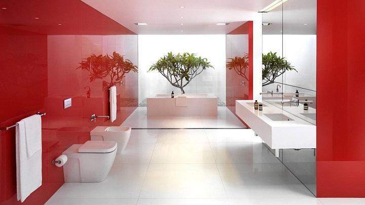 Cuartos de bao en rojo y blanco
