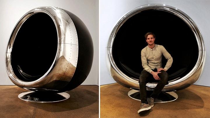 Silla hecha con la cubierta del motor reciclado de un Boeing 737