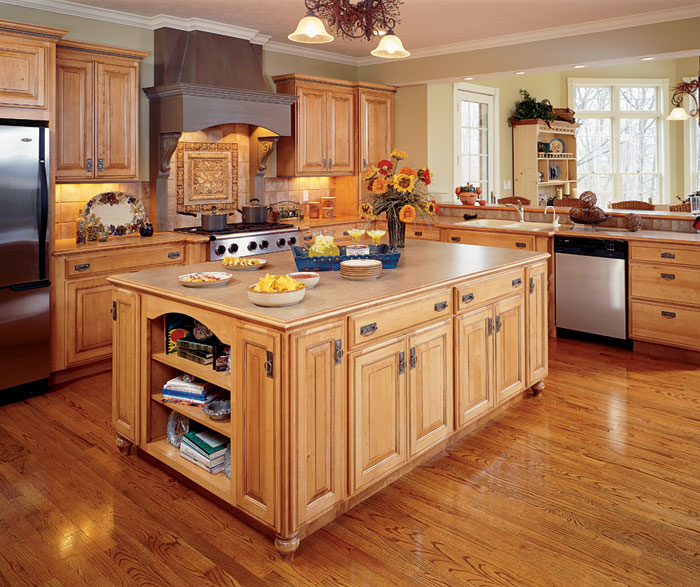 Natural Maple Kitchen Cabinets  Decora Cabinetry