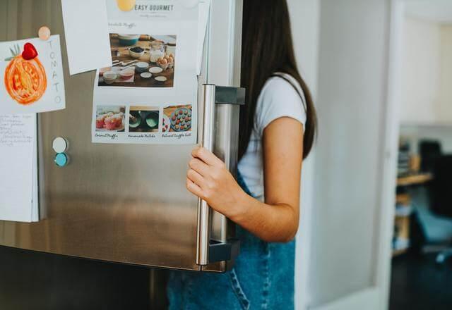 Como comprar a geladeira frost free mais barata
