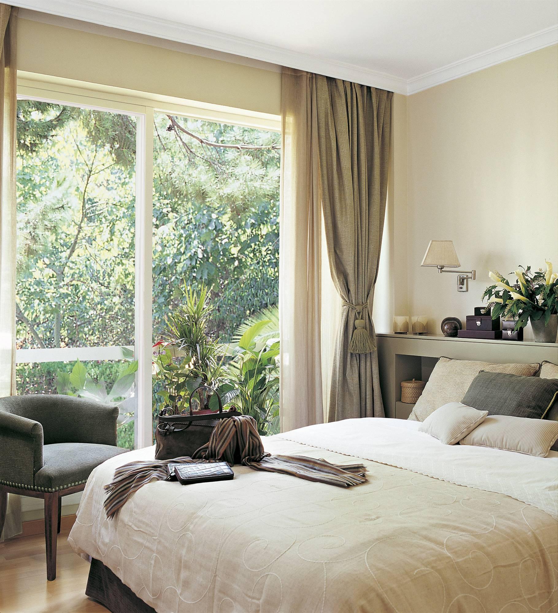 Diseo de dormitorios con grandes ventanales  Decoracion