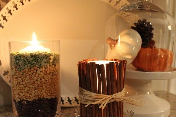 Keeping it simple: Cinnamon candles and pumpkins