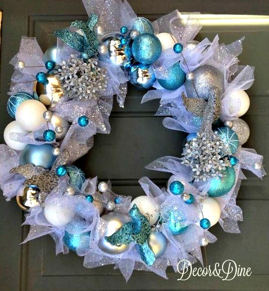 DIY Dollar Store Christmas Wreath