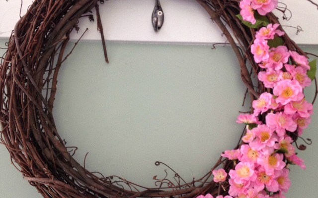 DIY Summer Grapevine Wreath