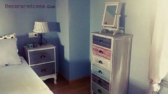 Detalle de las mesitas del dormitorio