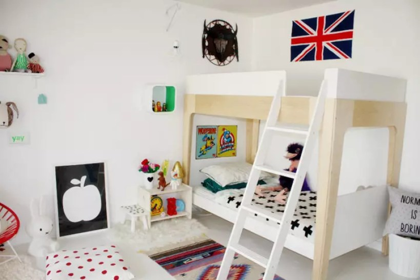 Habitación blanca infantil