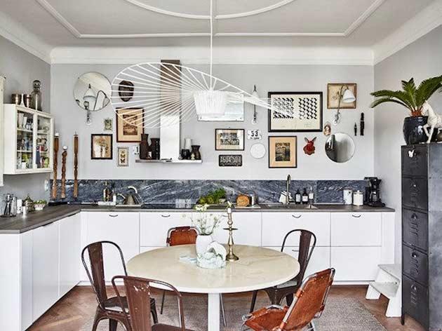 Decoración otoñal en una casa sueca