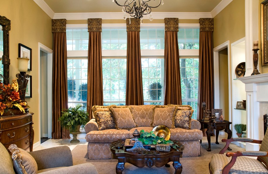 Window Treatments with Drama and Panache!   Decorating Den ...