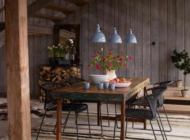 Urban Rustic Design Style How to Get It Right  Decorating Your Small Space