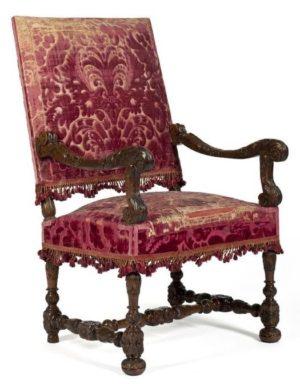 fauteuil de style histoire et