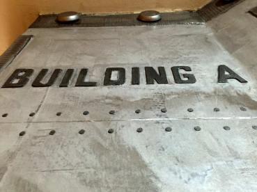 Sur épaisseur acier sur métal zinc