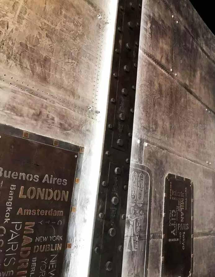 peintre décorateur style industriel mur metal