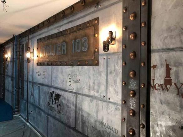 boutique style industriel avec murs metal et IPN style eiffel