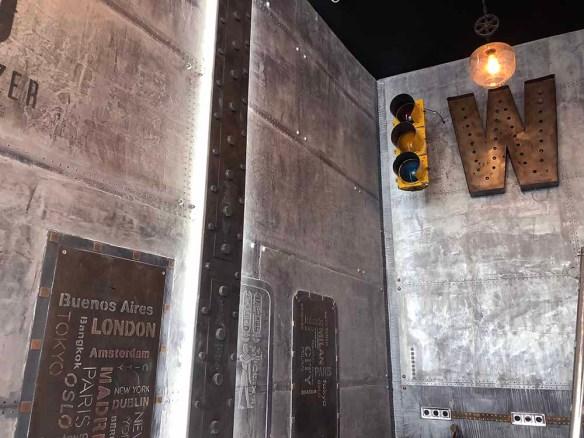 murs style industriel metal et IPN style eiffel