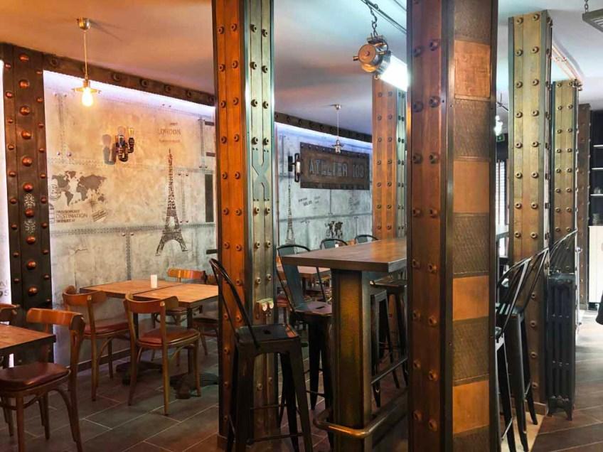IPN style Eiffel et murs métal style industriel