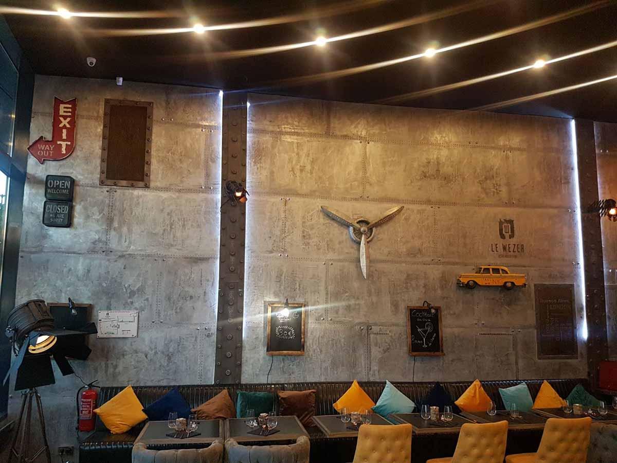 devis décoration restaurant style industriel et IPN style Eiffel