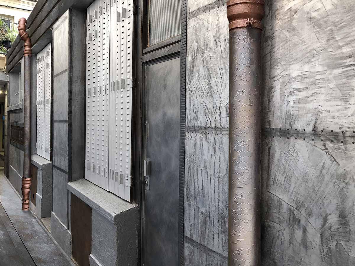 rénovation décoration hall d'immeuble style industriel cour