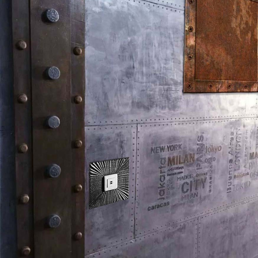 décorateur d'intérieur murs industriel mur métal et IPN style eiffel décoration immeuble paris