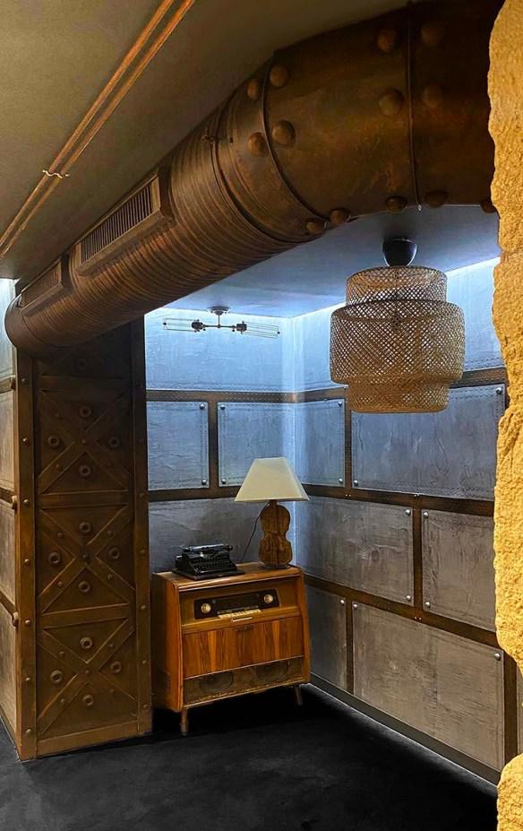 décoration murs style Eiffel et style industriel
