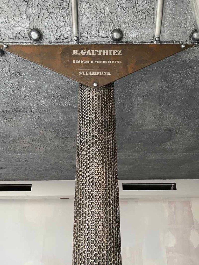 poutre métallique style Eiffel