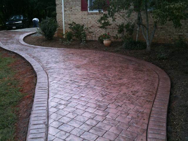 Stamped Concrete in a Cobblestone Pattern