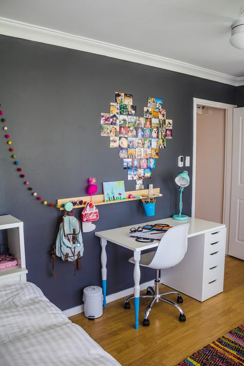 Inspiración: habitación infantil con pared gris y muebles en blanco.