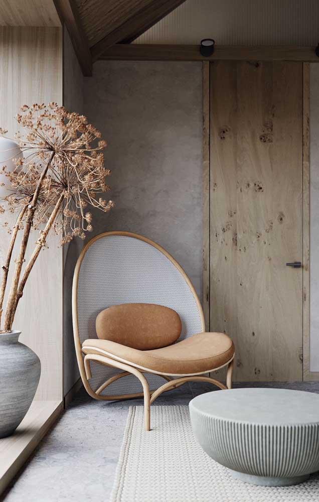 Repare aqui como o cinza combinado ao marfim deixa o ambiente moderno e, ao mesmo tempo, confortável