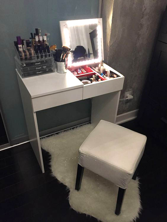 15 Super Cool Vanity Ideas For Small Bedrooms  Decor Home