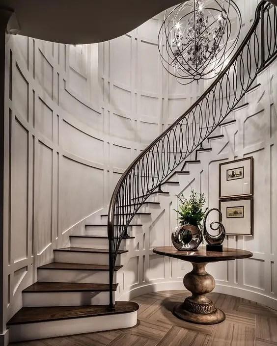 Thiết kế cầu thang bằng gỗ sẫm màu truyền thống # cầu thang # cầu thang # cầu thang # cầu thang # cầu thang #decorhomeideas