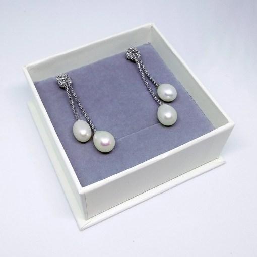 srebrne naušnice s biserima