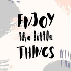 typografia-motywacyjna-radość-z-małych-rzeczy