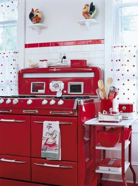 red and white vintage kitchen A 1940's Retro Theme For Your Kitchen