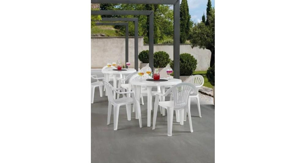 lot 26 tables rondes diametre 90 cm belmiro