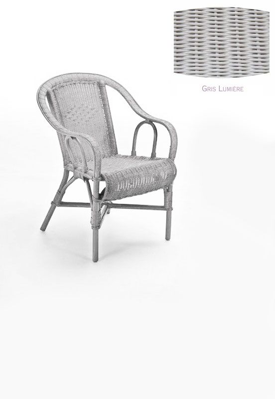 fauteuil rotin crapaud gris lumiere