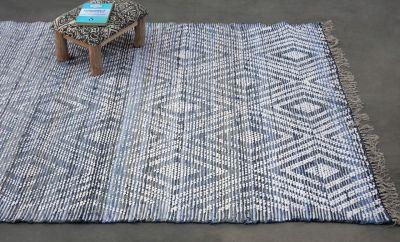 tapis marlin tisse main coton coloris bleu blanc 120x180