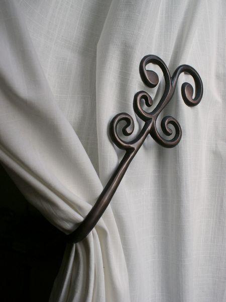 Embrasse Aimante aluminium Coude Barok cuivr  Dcoration  decotaimefr
