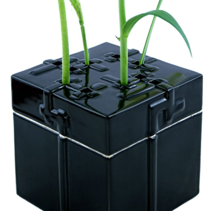 Vase pas cher - Levase céramique noir Dévâ
