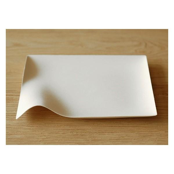 Assiette design : Leset d'assiettes carrées Kaku bySchinishiro Ogata
