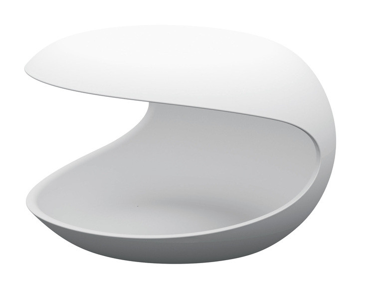 Les tables d'appoint White shell Salvatore Indriolo Zanotta
