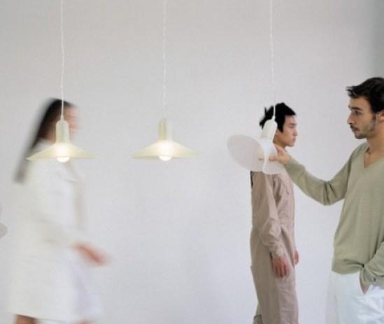 Lustre cuisine - Le lustreflexible Flex Lamp by Sam Hecht