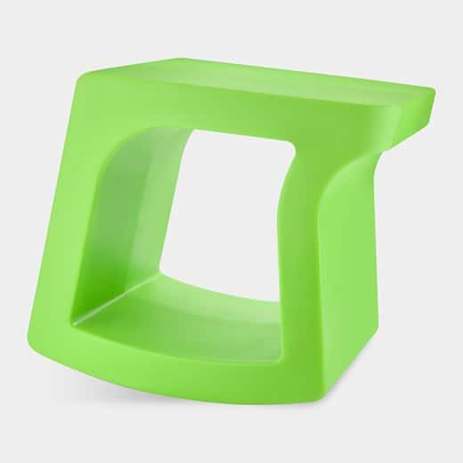 Tabouret design Tilt de Justin Gologorsky