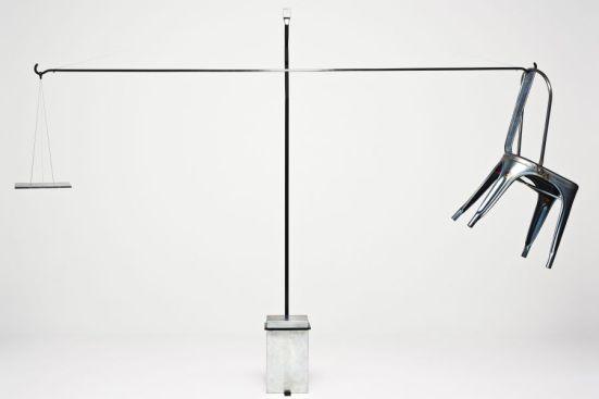 Chaise A suspension Genesis Tolix Studio Formafantasma