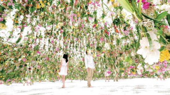 Floating Flower Garden jardin flottant teamLab Salon Deco Paris