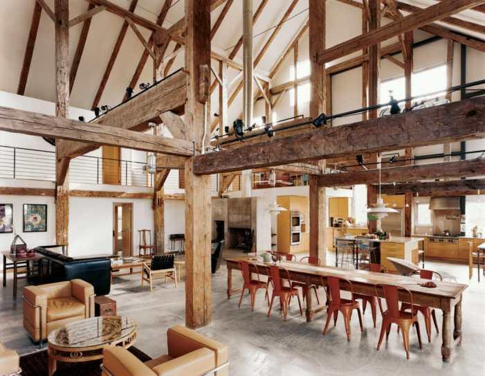 Rénover une grange en un loft industriel paradisiaque