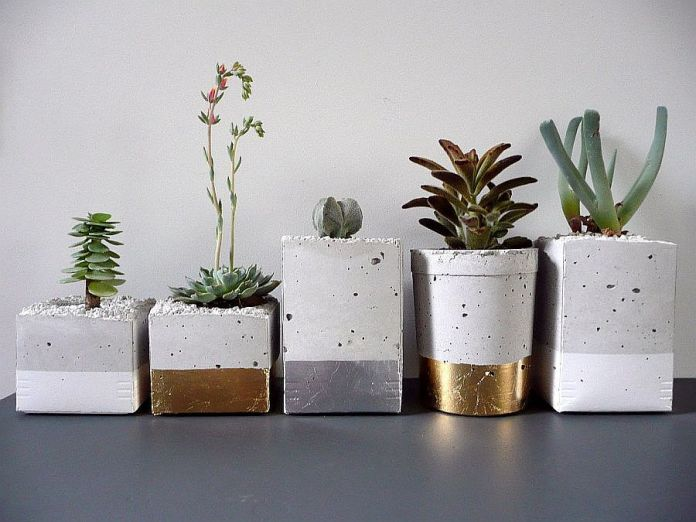 Vases et jardinières en béton