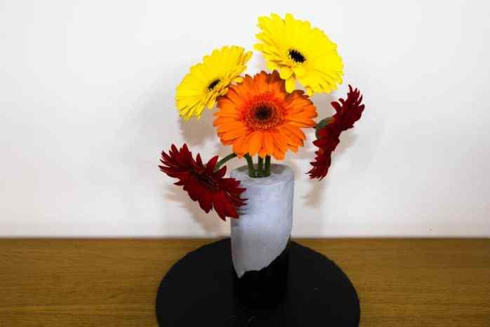 Concours Ibis Yourself DIY vase en verre et béton !
