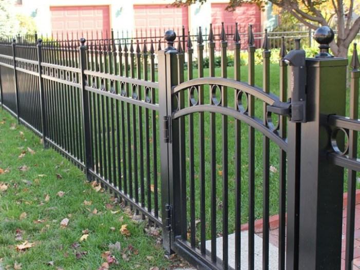 choisir une clôture de jardin fer forgé